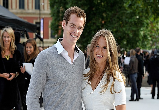 Andy Murray and his wife Kim Sears romantically