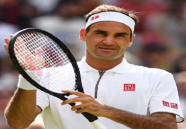 Roger Federer shares positive vibes from Laver Cup black court