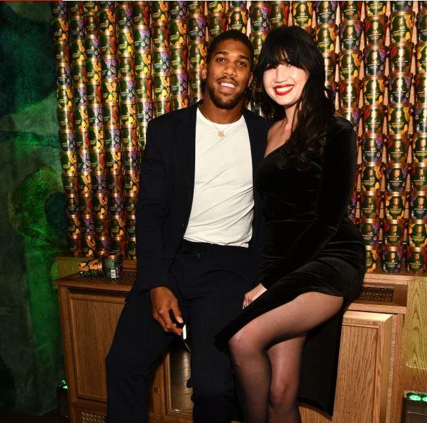 Girl and Anthony Joshua