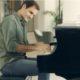 Roger Federer piano