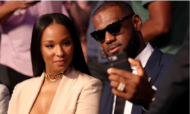 Lesbron James and his wife
