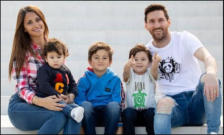 Lionel Messi and family
