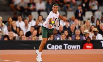 Roger Federer court display