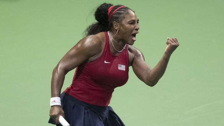 Serena Williams hand