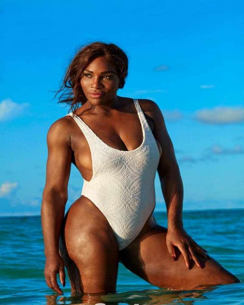 Serena Williams in water