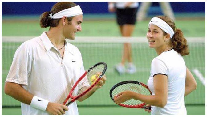 Roger Federer & wife play