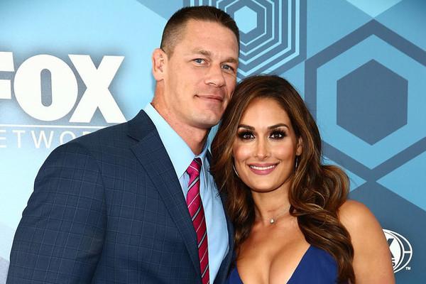 John Cena vs Nikki Bella