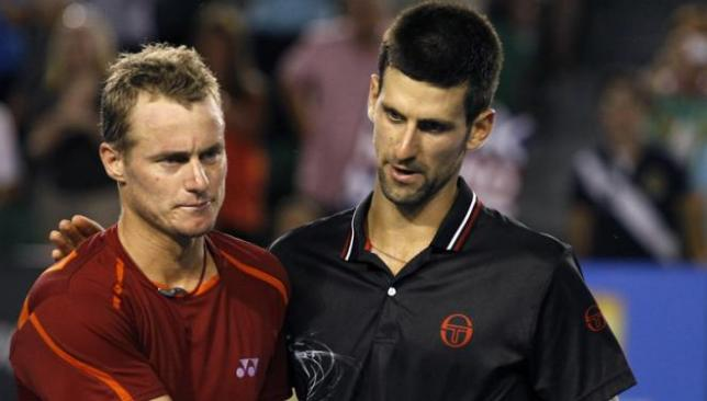 Novak Djokovic hold hewitt