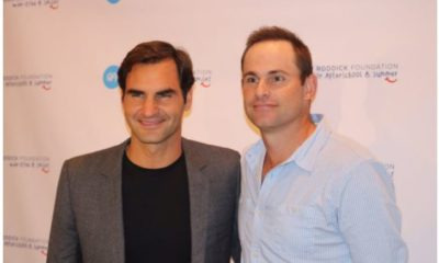 Roger federer and Andy Roddick snap