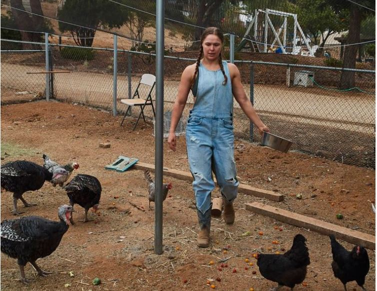 Ronda Rousey with fowl