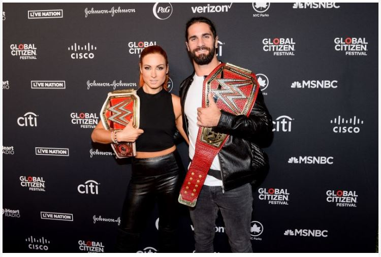 Seth Rollins with Becky lynch smile