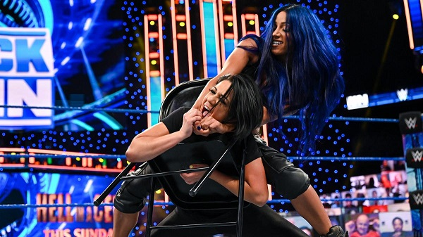 Sasha Banks Tortures Bayley With A Chair