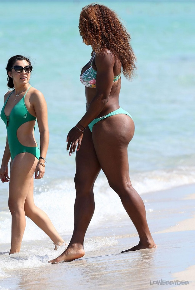 Serena Williams at the beach with her friend