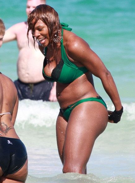Serena Williams beach photo