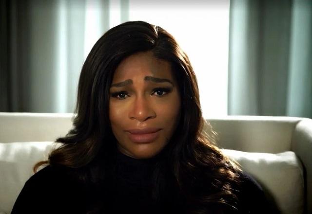 Serena Williams cries