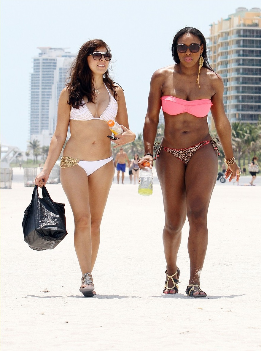 Serena Williams Walks the Beach with Friend