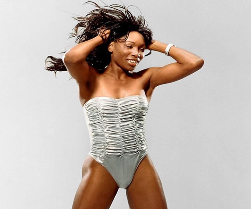 Venus Williams shows off