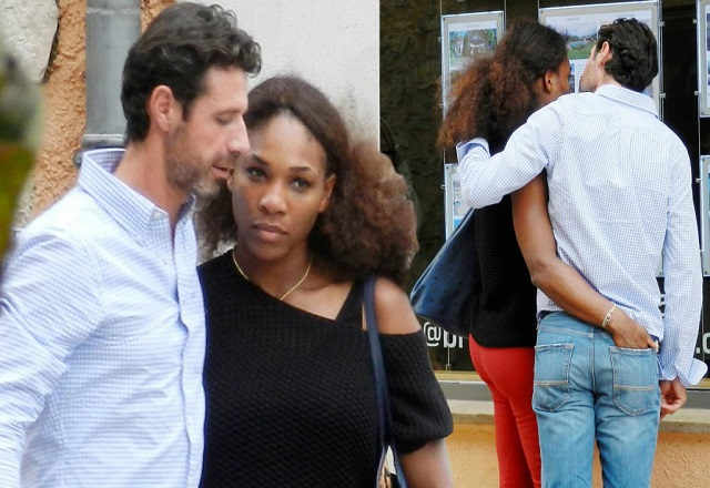Serena Williams pictured getting cosy with her French tennis coach Patrick Mouratoglou