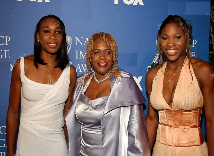 Venus William and Serena Williams and mother