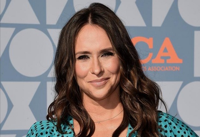 Beautiful Jennifer Love Hewitt once Ranked No.1 in all the 'sexiest women' lists -- SEE PHOTOS