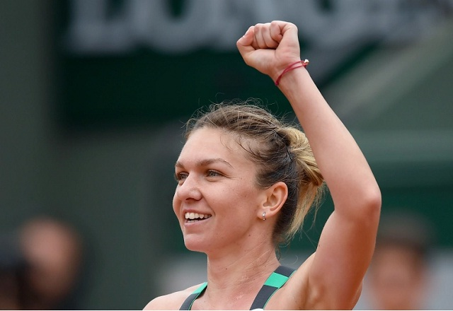 Simona Halep expresses her good-will as she gives charity